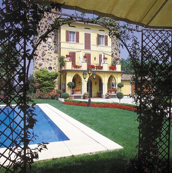 Realizzazione giardini verticali all 39 italiana all 39 inglese - Giardini di design ...